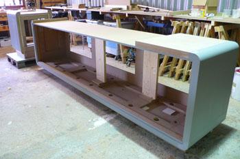Keuken ronde hoeken ewe studio meubels beeldhouwen cursussen - Meubels studio keuken ...